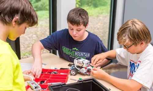 LEGO® EV3: Engineering (Chapel Hill)